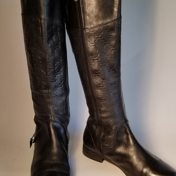 74ef1ba59c Etienne Aigner Shoes - Women s Etienne Aigner Black Leather Boot Size 8M